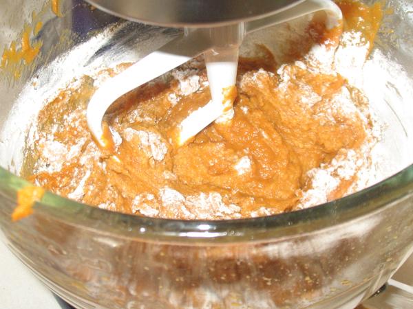 Patty's pumpkin cream cheese muffins - round 1 (6/6)